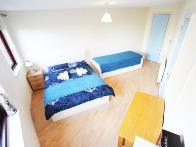 Photo for CENTRAL SPACIOUS  3 BEDROOM FLAT & Free Parking