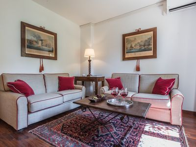 Photo for Garden view apartment in a Gran Canal Gothic palace