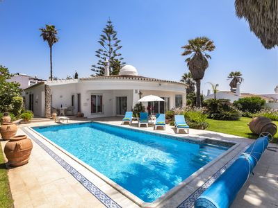 Photo for Villa on a top location with 2 bedrooms, panoramic sea views, private pool, near the beach