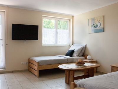 Photo for Small apartment with terrace for 2 persons