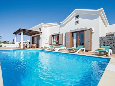 Photo for 2 bedroom Villa, sleeps 4 in Playa Blanca with Pool, Air Con and WiFi