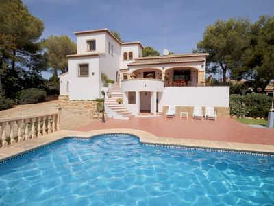Photo for 4 bedroom Villa, sleeps 8 with Pool and WiFi