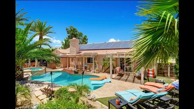 Photo for Immaculate Pool/Spa Oasis 3bd/2ba home for Desert Vacation Getaways