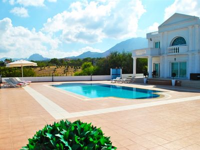 Photo for Villa Roman sleeps 6 people with 3 bedrooms and 3 bathrooms.