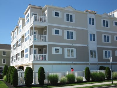 Photo for LUXURY 3 BED/2 BATH, WiFi, Heated Pool, Elevator, Ocean View, 1 BLK to Beach