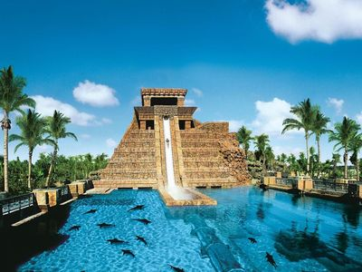 Photo for Harborside Resort at Atlantis - 2 Bedroom Lock-off Premium Villa