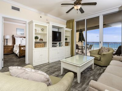 Photo for Gulf Front Condo! Sleeps 10, Fun Amenities, Nearby Shopping and Dinning!