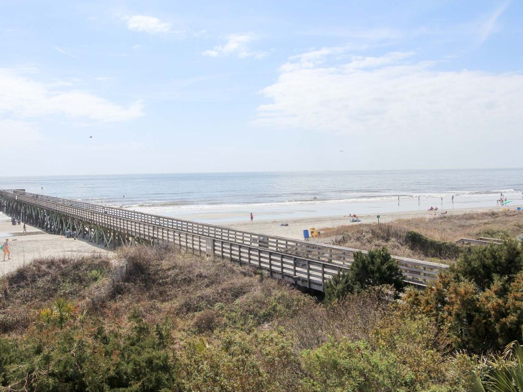 Oceanfront condo with ocean views access to fishing pier for Isle of palms fishing pier