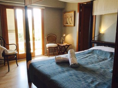 Photo for 1 double room with bath in a grandiose apartment + wifi + view + terrace