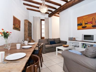 Photo for Wonderful Barrio Gótico Old Town Apartment