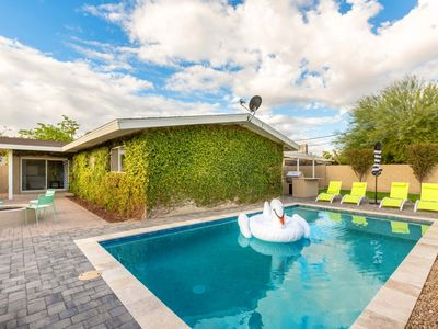 Photo for Private Pool and Walking Distance to Old Town!
