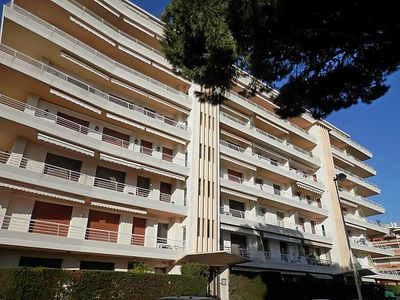 Photo for Apartment L'Armorial in Cannes - 4 persons, 1 bedrooms