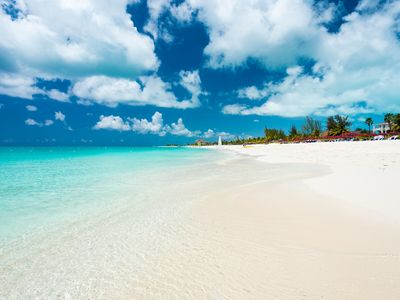 3 Bedroom Grace Bay Beachfront Penthouse at the Grandview