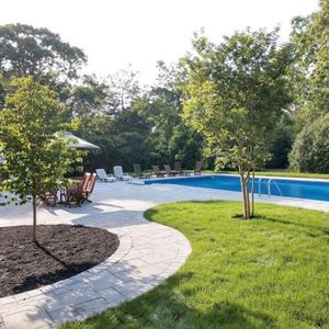 Newly Renovated Haven for Multi-Generational Family Vacations Near Bay & Ocean