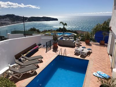 Photo for Fabulous 5 bedroom house with private pool and superb views