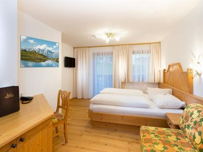 "Photo for Double room ""Lavender"" B & B - Hotel Dorfer"