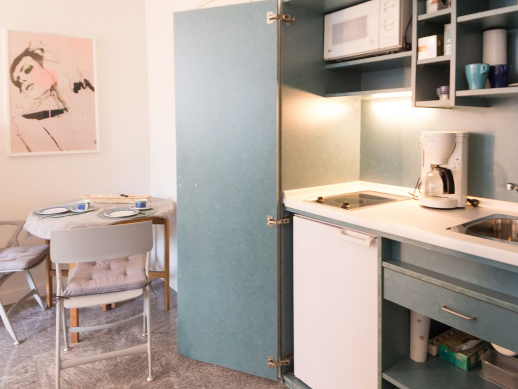 Property Image#5 Nice, Bright Studio For Rent In Neuilly Sur Seine