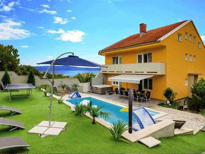 Photo for Idyllic location with pool – Villa Puskas 2