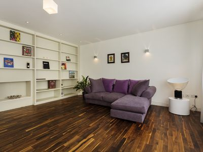 Photo for UP TO 20% OFF - Sherlock District. - Two Bedroom Apartment, Sleeps 4 - Veeve