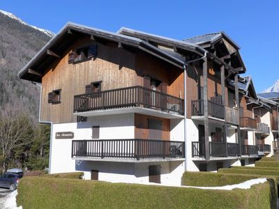 Photo for Apartment Les Chamois in Les Houches - 3 persons, 1 bedrooms