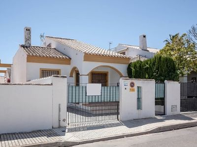Photo for 3BR House Vacation Rental in Pueblo Latino, Comunidad Valenciana