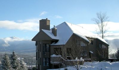 C1 Top Rated Ski-In Ski-Out Townhome. Great views, fireplaces, fast wifi, AC! Short walk to slopes.