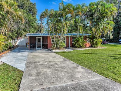 Photo for Beautifully remodeled home with Florida flair