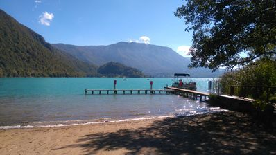Photo for APARTMENT 85m2 SWIMMING POOL, SPA, SAUNA, VIEW ON LAKE AIGUEBELETTE