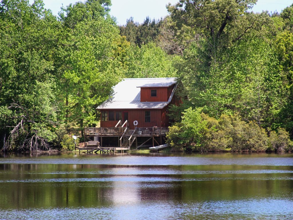 A Beautiful And Secluded Cabin On A 16 Acre Vrbo