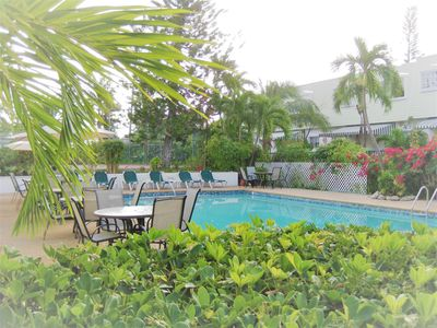 Photo for 2 Bed/2.5 Bath Townhome - Blocks From Atlantis Resort on Paradise Island