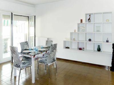 Photo for Lovely apartment for 7 guests with WIFI, TV, balcony and parking