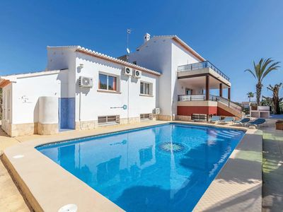 Photo for 6 bedroom Villa, sleeps 12 in Xàbia with Pool, Air Con and WiFi