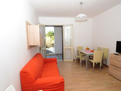 Photo for Air-Conditioned Apartment Near the Beach with Spacious Balcony & Garden; Pets Allowed; Parking Available