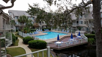 Photo for Courtside 65, Beautifully Renovated, Short Walk To Beach And Coligny Plaza