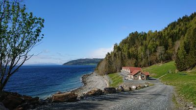 Hjellup Fjordbo, house 2 - New on Homeaway!