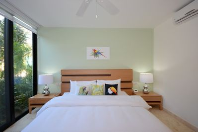 Bedroom1 -Macaw Suite