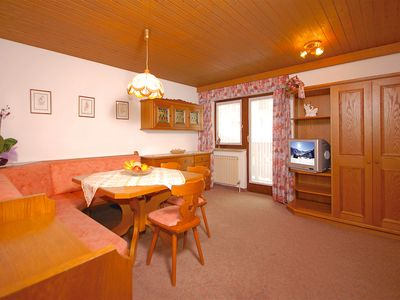 Photo for Apartment Landhaus Maier - traditional Apartment, in Toplocation, 5 min to the Ski run