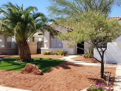 Photo for One Story home. 4 Bed 2 Full Baths. 10 minutes away from the Airport and Strip