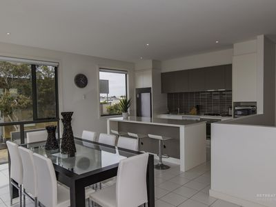 Photo for 2 Sunset Place Torquay