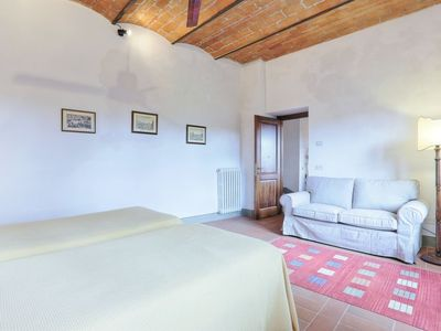 Photo for Apartment La Vecchia Cantina in Impruneta - 4 persons, 2 bedrooms