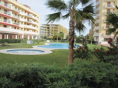 Photo for Beautiful apartment for 4 persons about 90 m2, WIFI, air conditioning, pool and beach