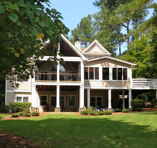 Reynolds Lake Oconee Lakefront 61 Five Star Reviews Say It All Greensboro