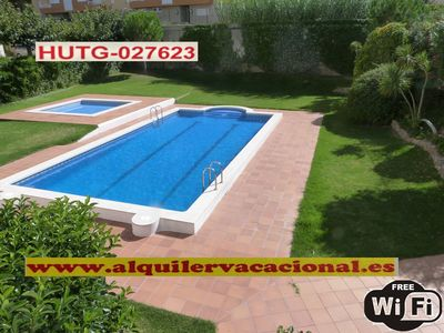 Photo for SPECTACULAR POOL-GARDEN, SEA VIEW, WiFi, PARKING, CABLE TV. HUT-027623