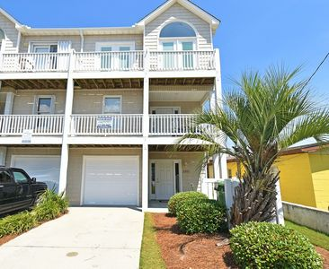 Photo for Oceanview and dog friendly townhome with pool and plenty of space!