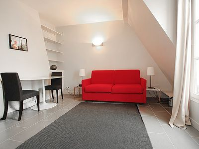 Photo for Apartment 1 km from the center of Paris with Internet, Washing machine (108463)