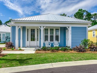 Photo for Free Tickets to Local Attractions! Cozy Bungalow in Barefoot Resort-Short 5 Minute Drive to Beach