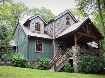 Photo for Mountain Song Lodge: Forest retreat with 4 Queen bdrms, game room, & new Hot Tub