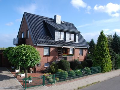 Photo for Modern 100m2 apartment, ideal starting point to Hamburg & the old country