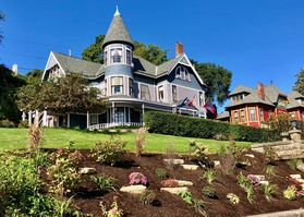 Photo for 1BR Bed & Breakfast Vacation Rental in Dubuque, Iowa