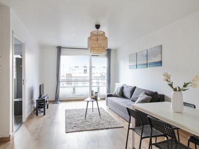 Photo for Modern flat with terrace in Saint-Ouen at the doors of Paris - Welkeys